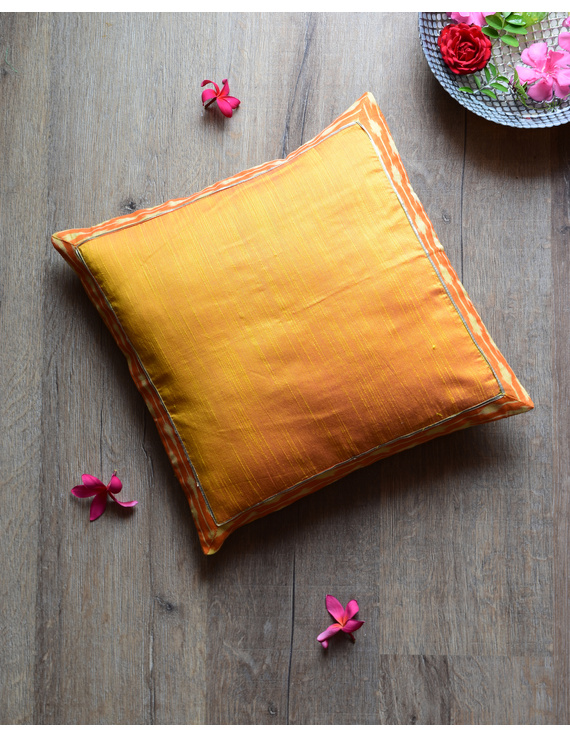 Yellow silk cushion cover with Ikat border : HCC46-HCC46