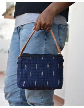 Smart blue ikat lunch bag or picnic bag with zip closure : MSL05-MSL05-sm