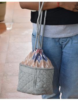 Gift hamper potli cum lunch bag in grey ikat cotton : MSL07-MSL07-sm