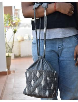 Gift hamper potli cum lunch bag in grey and beige ikat cotton : MSL08-MSL08-sm