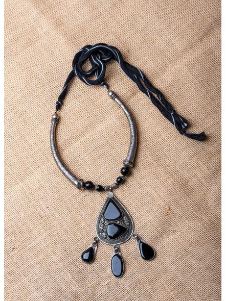 German Silver Hasuli with Black Onyx Pendant and Black & Grey CottonThread-LAA-NL-029