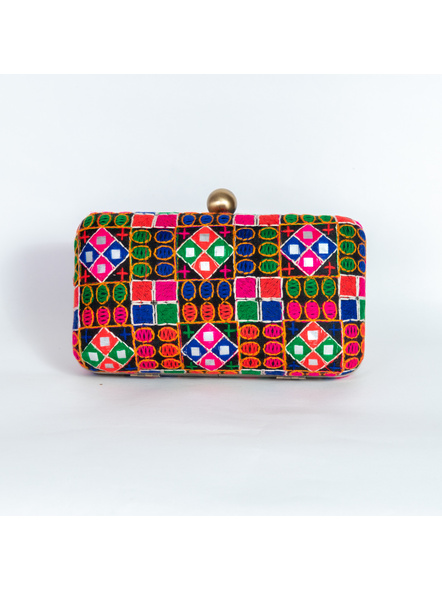 Handcrafted Embroidery Rangoli Clutch-1