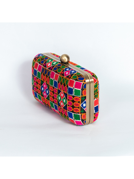 Handcrafted Embroidery Rangoli Clutch-2