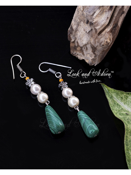Handcrafted Malachite Drop Earring with Shell Pearl and German Silver Bead-LAA-ER-043