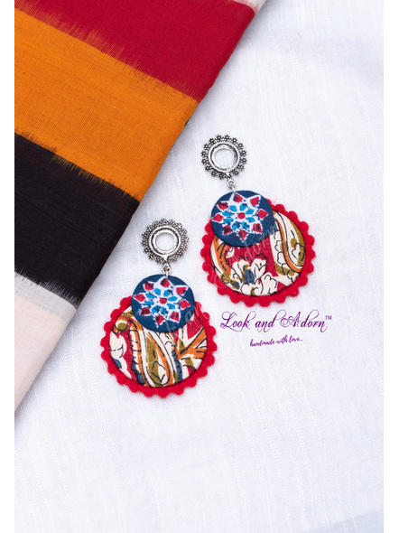 Floral Stud Earring with Blue Block Print Red Kalamkari Base and Red Lace Border-LAA-ER-107