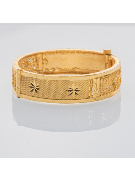 Traditional Ethnic Jewellery 1.5 Gram Gold Polished Chur Open  Bangle with Screw  for Women (1 Piece)-LAAGP15BG001