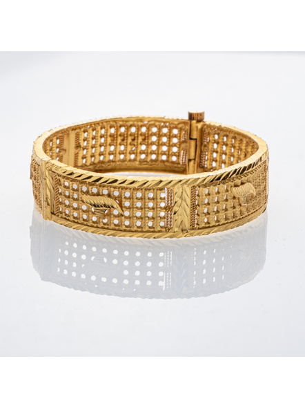 Traditional Ethnic Jewellery 1.5g Gold Polished Designer Open Thick Bangle for Women (1 Piece)-LAAGP15BG011