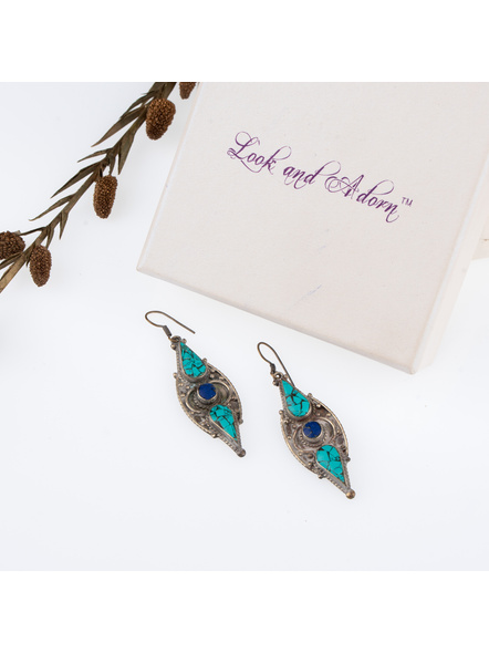 Handcrafted Designer Turquoise Blue Stone Chips inlaid Tibetan Earring-LAAER248