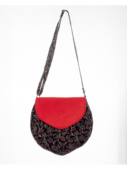 Handcrafted Stylish Half Circle Ajrakh Sling Bag-LAASHCSB001