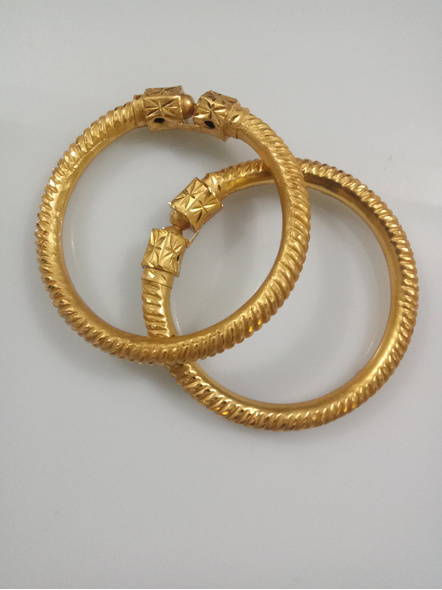 """Traditional Ethnic Jewellery 1.5g Gold Polished Designer Spiral Thick Bangle Sarada Bala 2.8size - 1 Pair for Women (2 Pieces)-Gold-Copper-Adult-Female-2.8""""-2"""