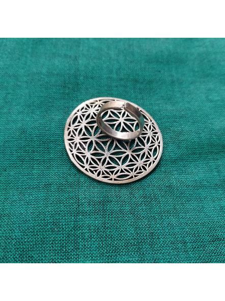 German silver Designer Round Floral Finger Ring-3