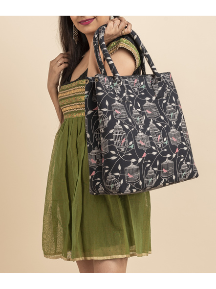 Handcrafted Stylish Black Bird Nest Print Tote Bag with Pouch-LAASTB003