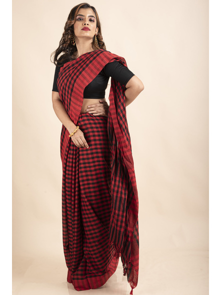 Red Black Cotton Handloom Checkered Gamcha Saree-4
