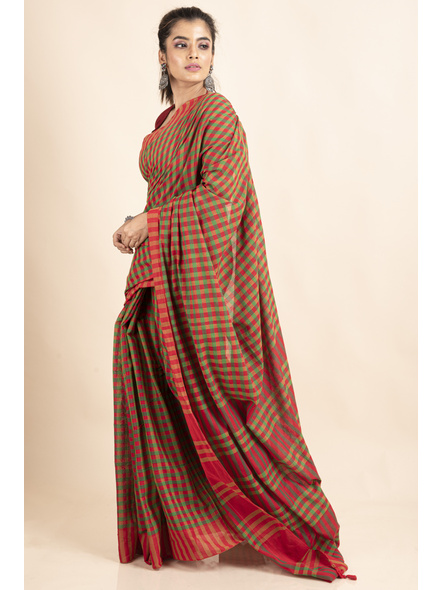Red Green Cotton Handloom Checkered Gamcha Saree-5