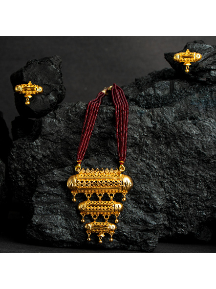 Three Layer 1.5g Gold Polished Amulet Necklace Set with Red Seed Bead Adjustable Tassel-4