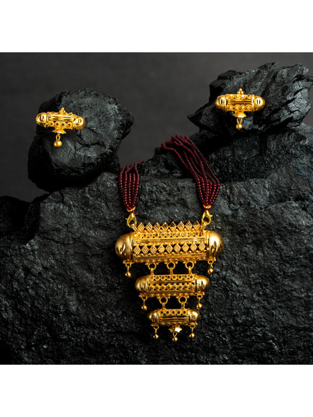 Three Layer 1.5g Gold Polished Amulet Necklace Set with Red Seed Bead Adjustable Tassel-3