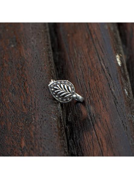 Designer Leaf Shaped German Silver Clip-on Nosepin-LAAGSNP013