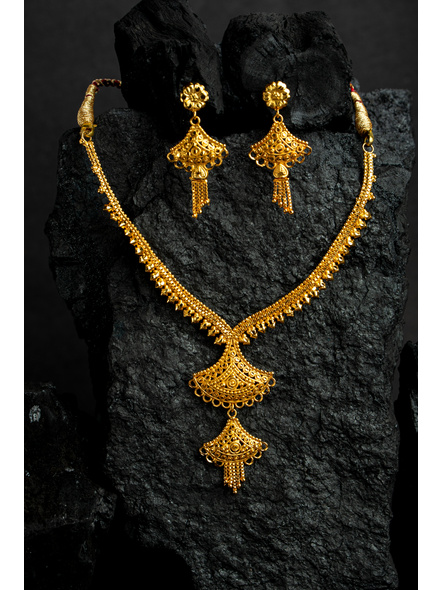 1.5g Gold Polished Exquisite choker Necklace Set with Floral Dangler-LAAGP15NLS21