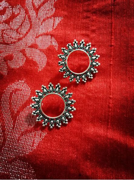 Designer German Silver Hollow Floral Stud Earring-LAAER424