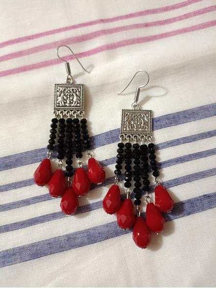 Handmade Designer German Silver Square Black Red Drop Crystal Dangler Earring-LAAER462
