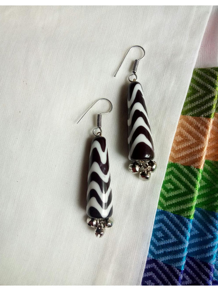 Beautiful Black & White Zigzag Popsicle  Earring with Ghungroo-LAAER463