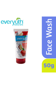 Everyuth Naturals Moisturizing Fruit Face Was...