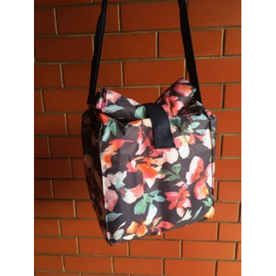 Navy floral waterproof Lunch Bag with Nylon Strap-LBBLUFLOR
