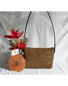 Tapie Sling Bag