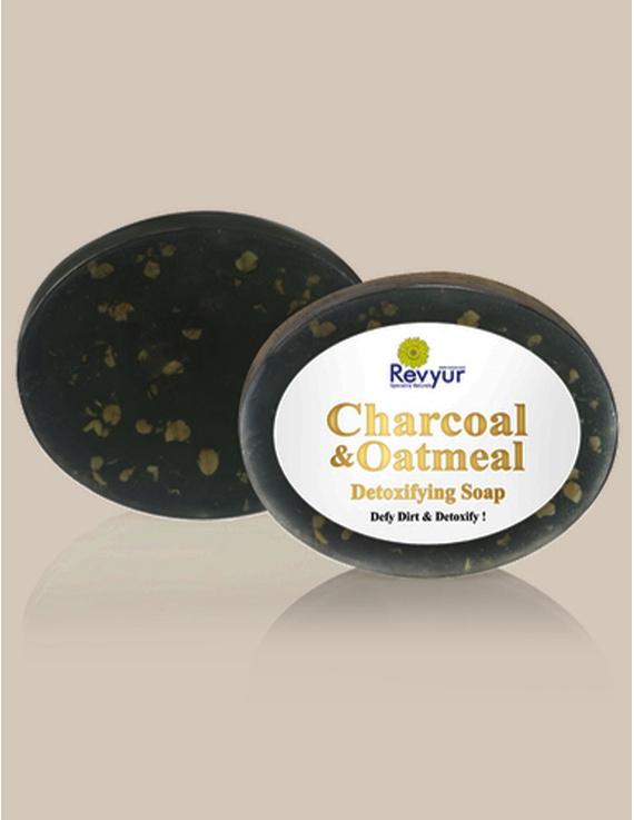 Revyur Charcoal & Oatmeal Detoxifying Soap-2