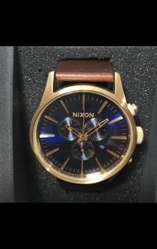 Nixon Men's Quartz Watch A4053210-00