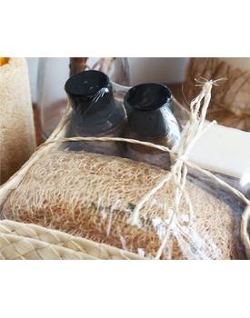 Coconut Bath ( Shampoo, Conditioner, Soap, Loofah)