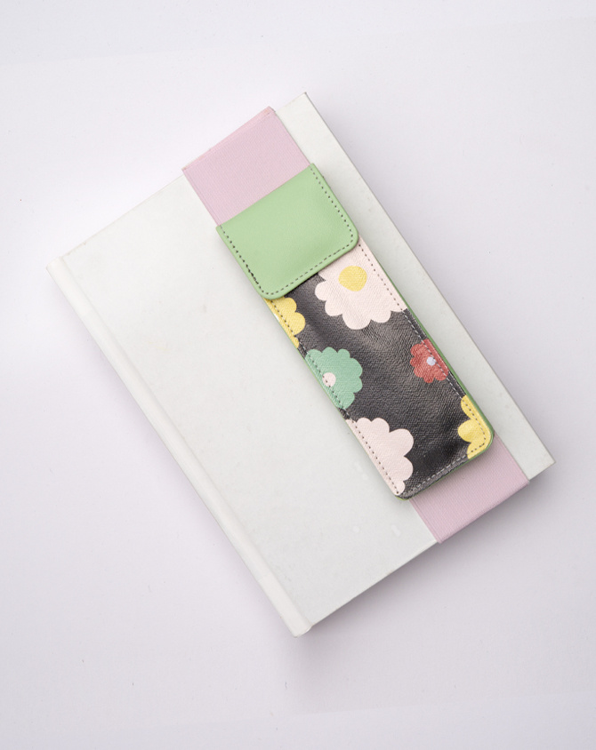 Magical Blooms Planner Kit 08-  Wire-O Annual Planner + Pen Pouch with Elastic Strap-4