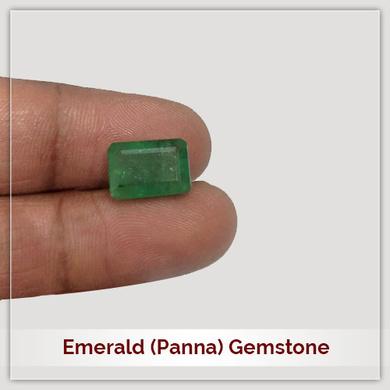 Emerald (Panna) Gemstone-111