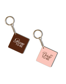 Bride to be & Groom to be keychain set